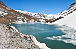ladakh-marvels-with-pangong